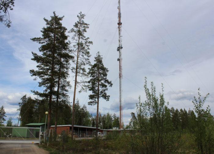 Joutsenon radio- ja tv-asema on Etelä-Karjalan korkein rakennus 211 metrillä, hissi kulkee vain puoliväliin